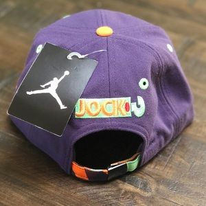 e53bb10334a Nike Accessories - NWT 🥕 NIKE AIR JORDAN JOCK HAT SIZE 8 20
